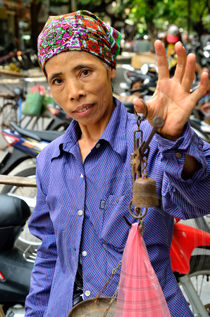 Lady Vendor, Ha Noi, Vietnam